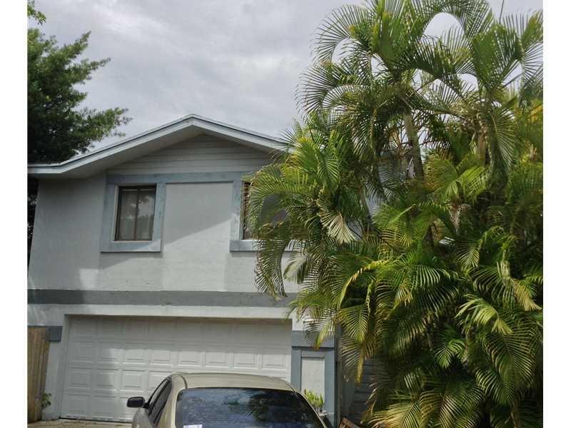 10053 Sw 218th St, Cutler Bay, FL 33190