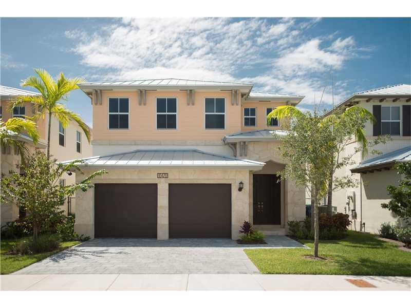 10470 Nw 69th Ter, Doral, FL 33178
