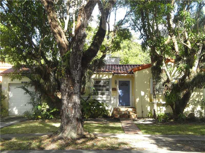 1313 El Rado St, Coral Gables, FL 33134