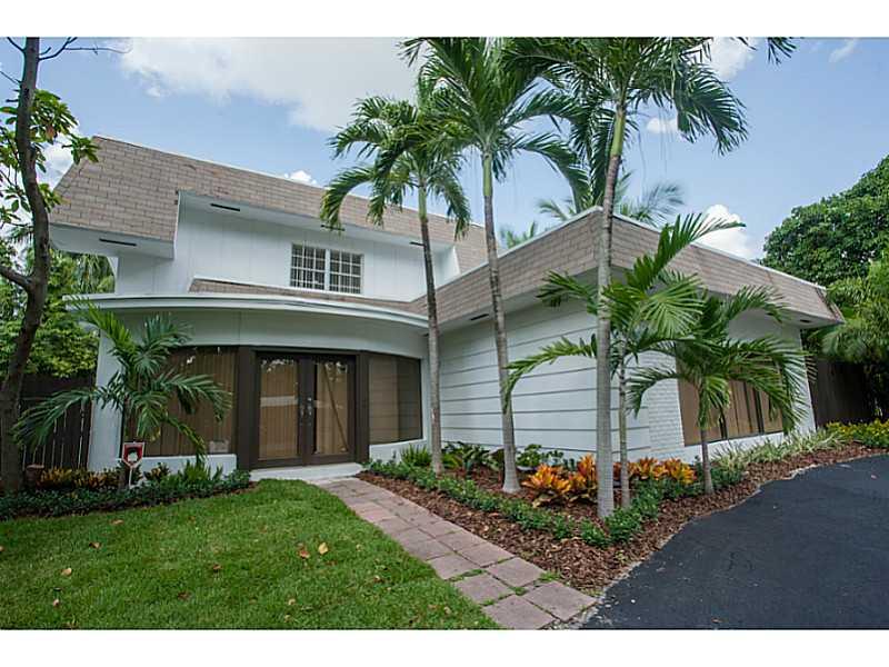 8520 NE 10th Ave, Miami, FL 33138