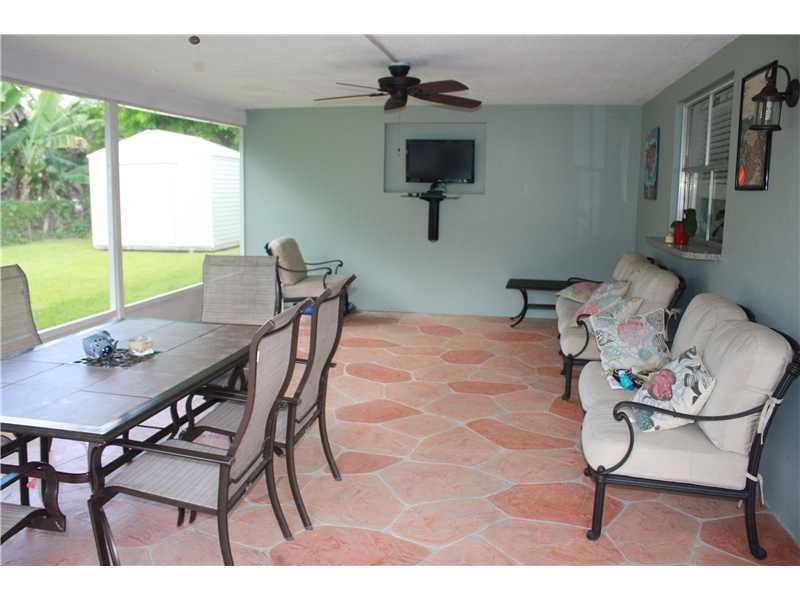 5621 Sw 3rd St, Fort Lauderdale, FL 33317