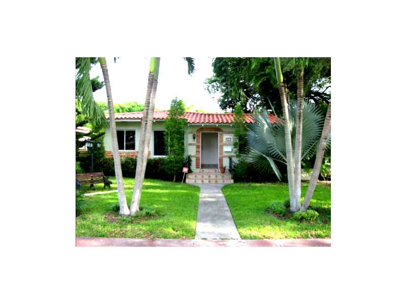 221 Cadima Ave, Coral Gables, FL 33134