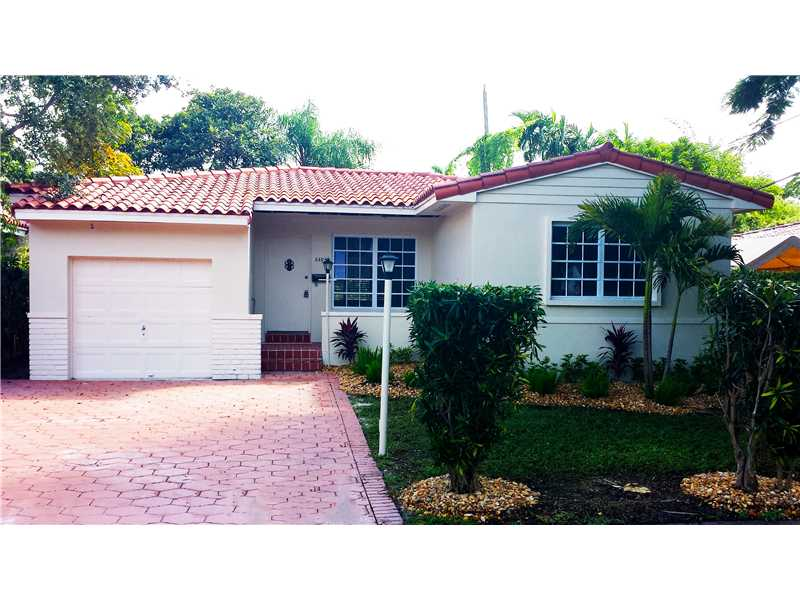 5305 Red Rd, Coral Gables, FL 33155