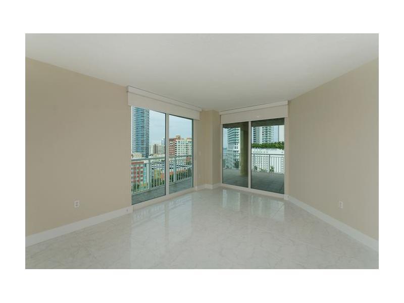275 NE 18 St # 1208, Miami, FL 33132
