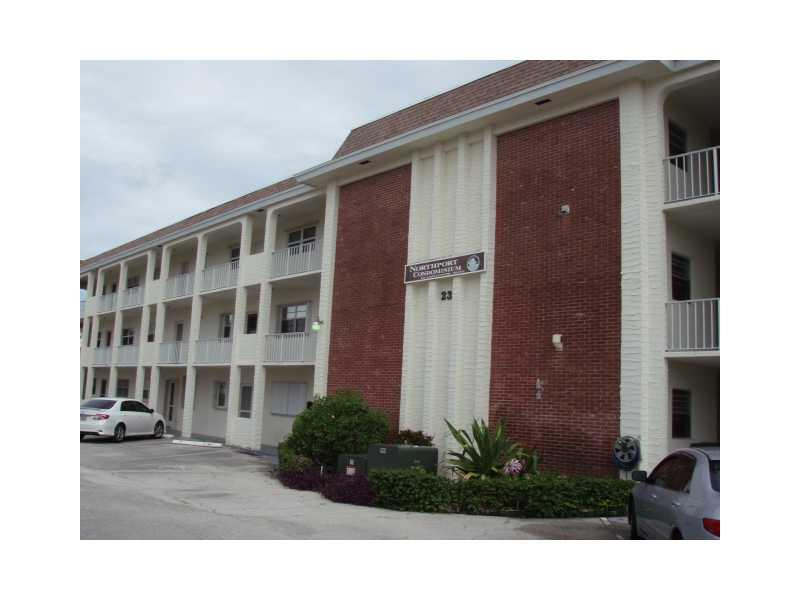 236 Castlewood Dr # 104, North Palm Beach, FL 33408
