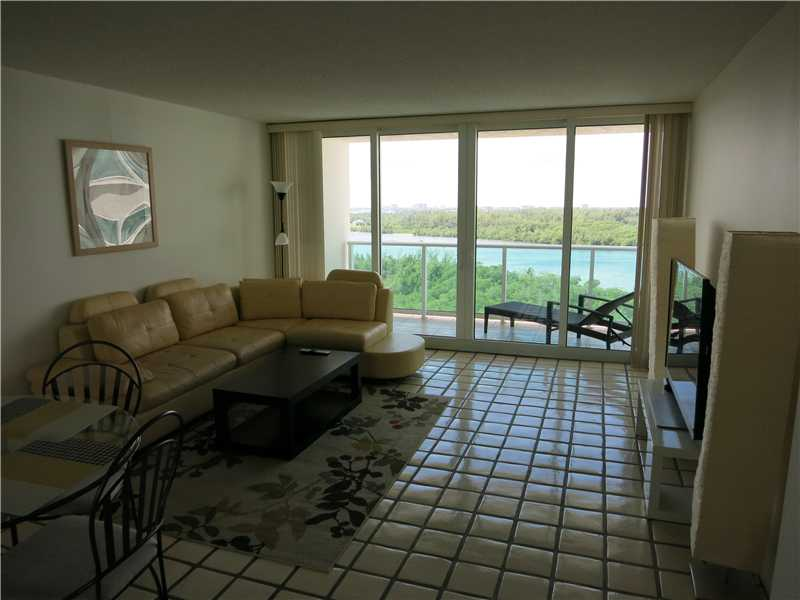 100 Bayview Dr # 1220, Sunny Isles Beach, FL 33160