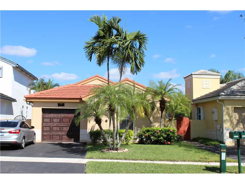 18951 Nw 22nd St, Hollywood, FL 33029