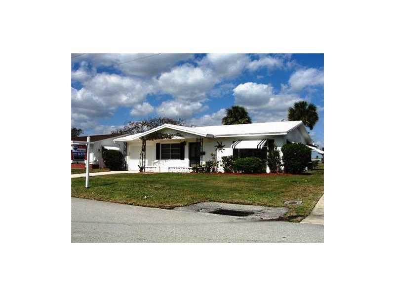 4518 Monterey Dr, Tamarac, FL 33319
