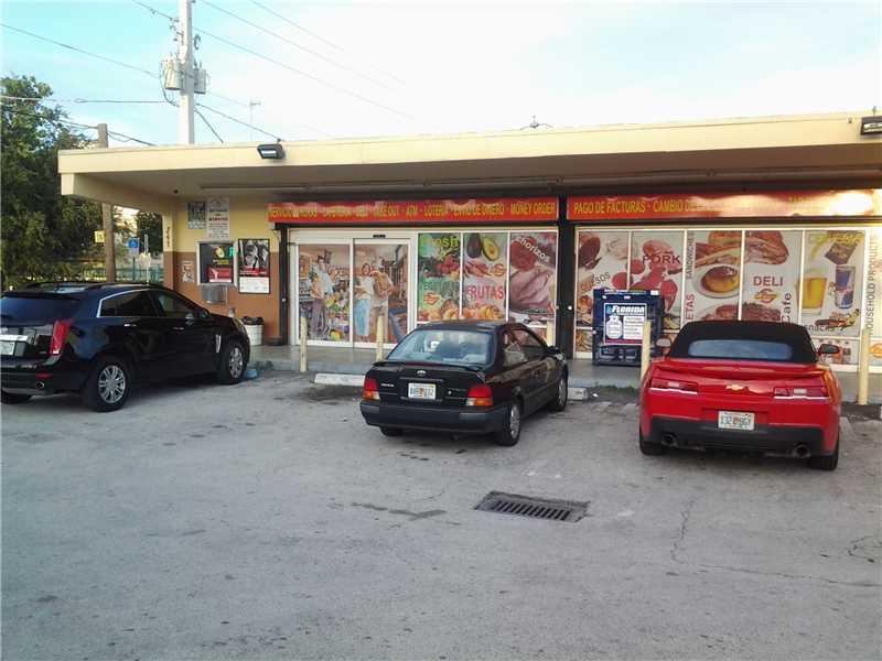 NW 8th Ave, Miami, FL 33128