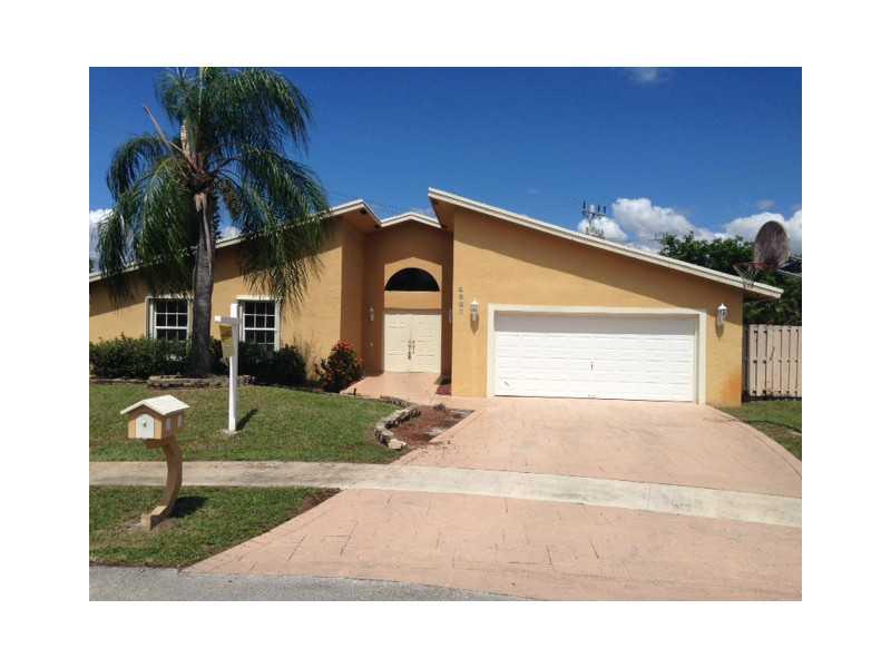 4980 NW 82nd # TE, Fort Lauderdale, FL 33351