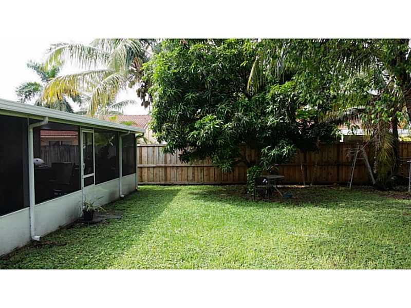 15303 Sw 181st St, Miami, FL 33187
