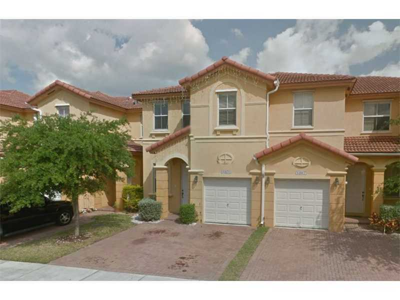 10871 NW 78th Ter, Doral, FL 33178