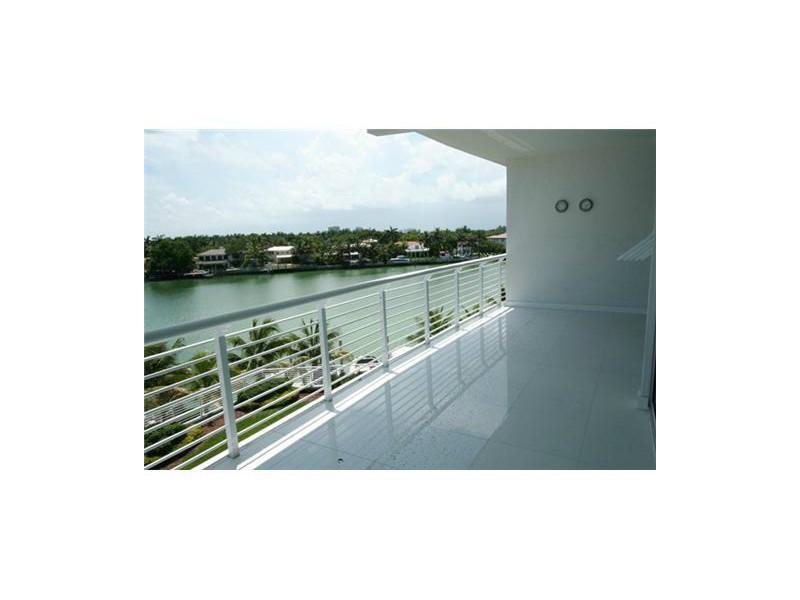 6580 Indian Creek Dr # 406, Miami Beach, FL 33141