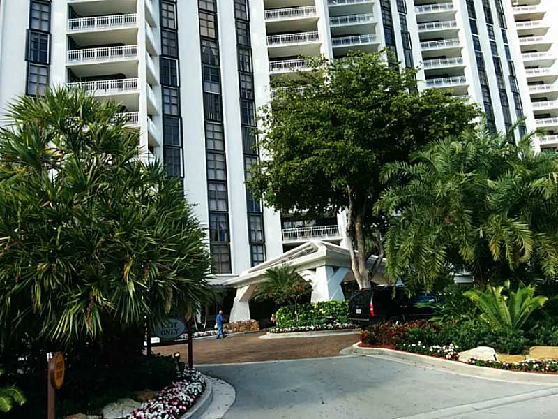 4000 Towerside Te # 1405, Miami, FL 33138