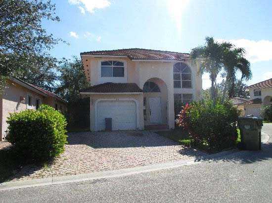 110 Danielle Ct, Fort Lauderdale, FL 33326
