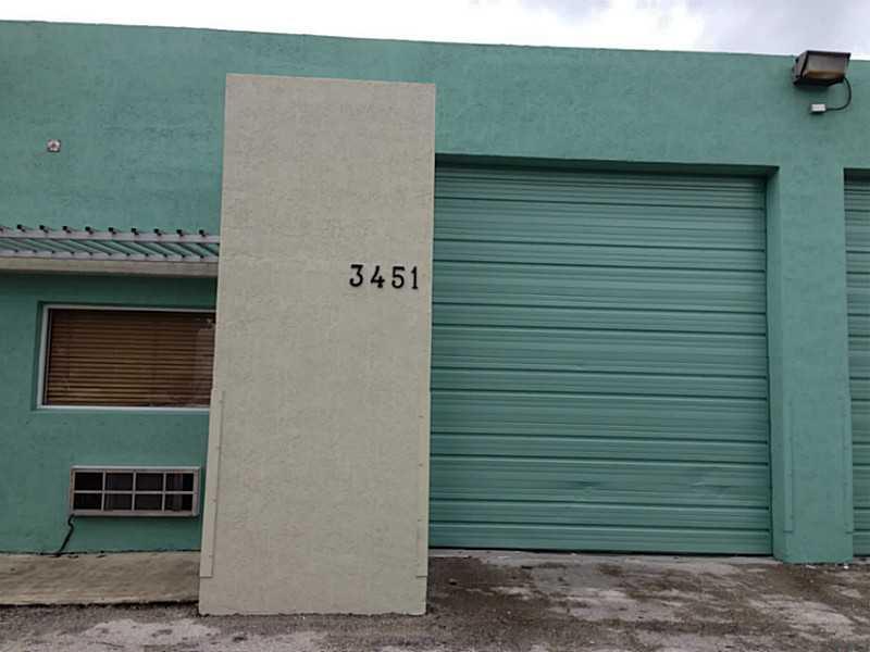 3451 NW 48th St, Miami, FL 33142