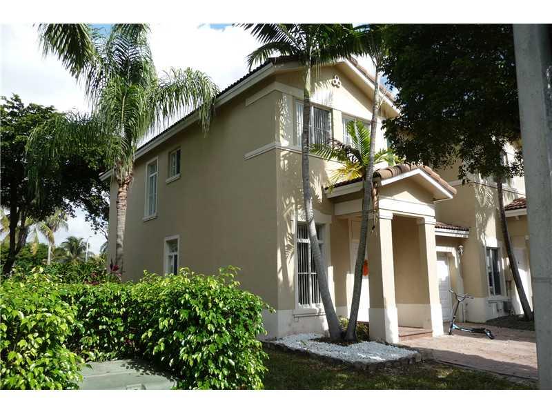 11227 Nw 57th Ln, Miami, FL 33178