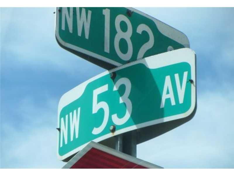 5275 NW 182nd St, Miami Gardens, FL 33055