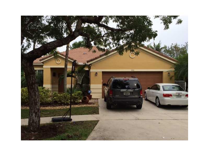 553 Penta Ct, Fort Lauderdale, FL 33327