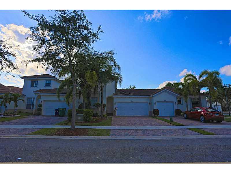2616 SW 188 # TE, Hollywood, FL 33029