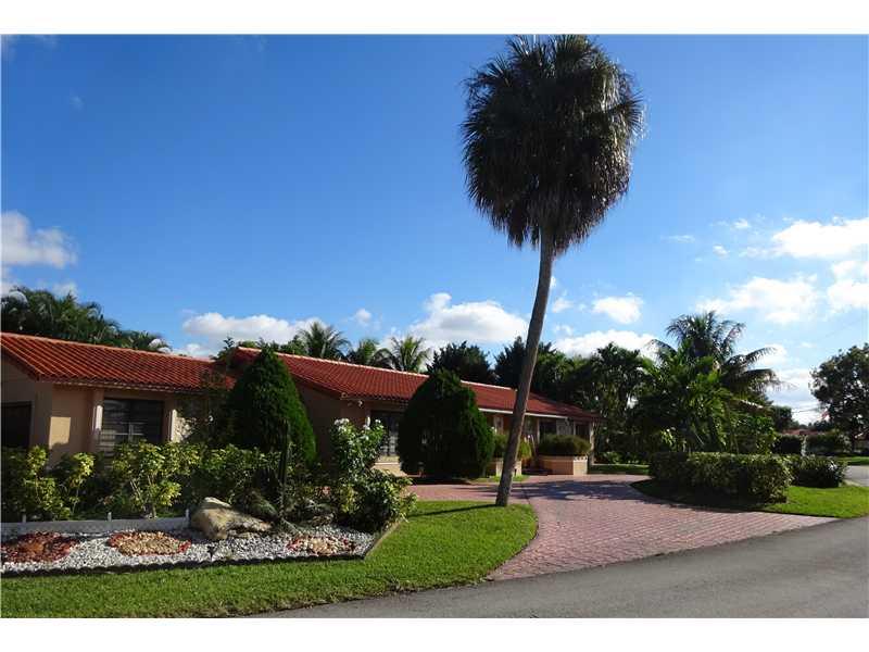 Real Estate for Sale, ListingId: 30520130, Miami Lakes,FL33015