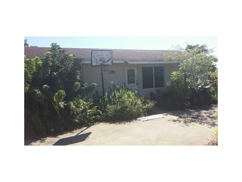 19880 SW 186th St, Miami, FL 33187