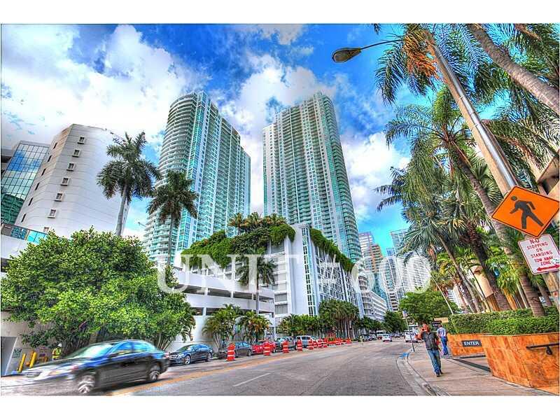 950 Brickell Bay Dr # 600, Miami, FL 33131