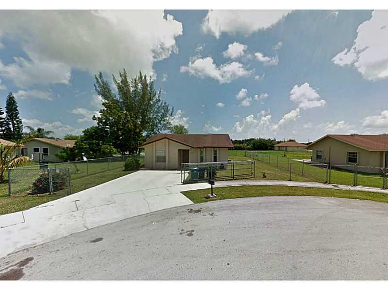 16905 SW 106th Ct, Miami, FL 33157