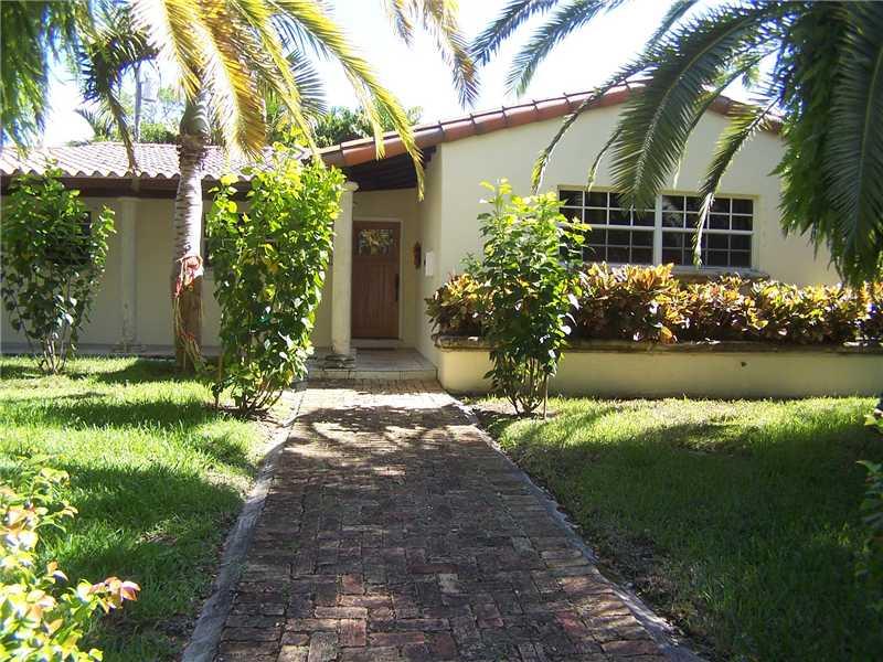 6901 Trionfo St, Coral Gables, FL 33146