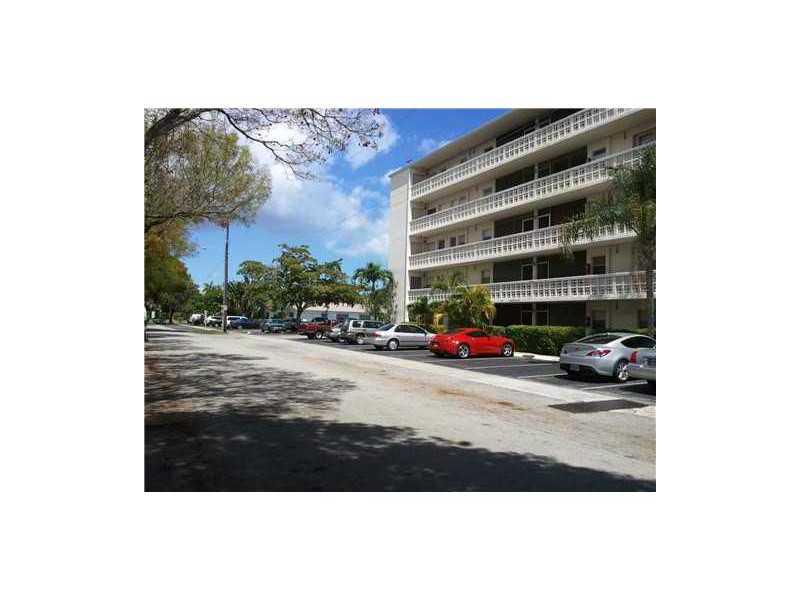 1425 Arthur St, Hollywood, FL 33020
