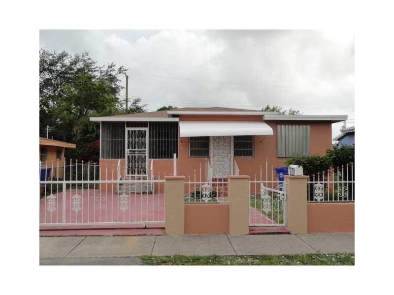 1840 NW 52nd St, Miami, FL 33142
