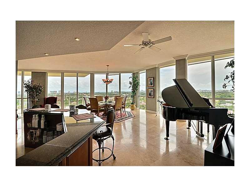 Single Family Home for Sale, ListingId:33270127, location: 111 Southeast 8 AV Ft Lauderdale 33301
