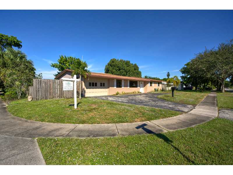 4791 Nw 4th Ct, Fort Lauderdale, FL 33317