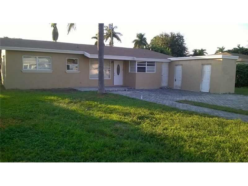 702 N 32nd Ave, Hollywood, FL 33021