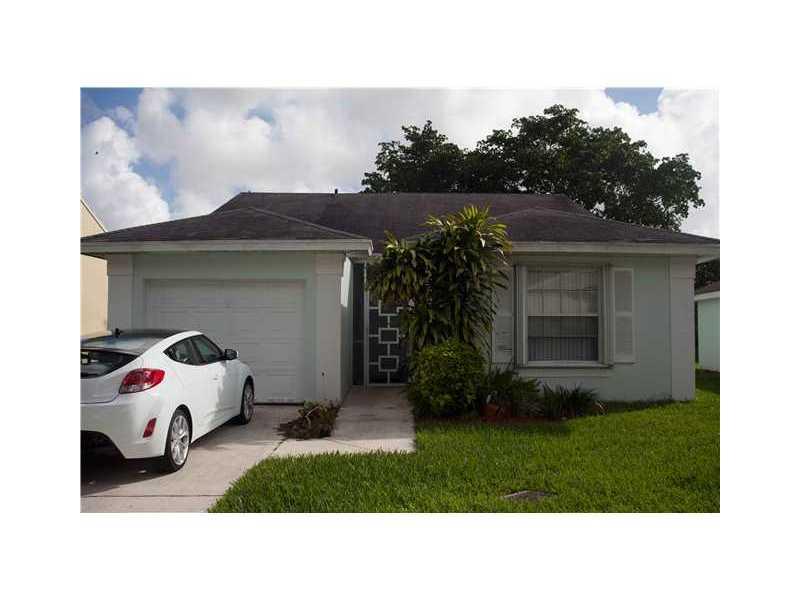 2290 Se 4th Ct, Homestead, FL 33033