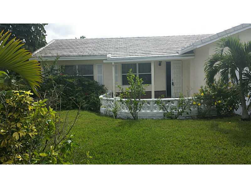 10214 Nw 80th Ct, Fort Lauderdale, FL 33321