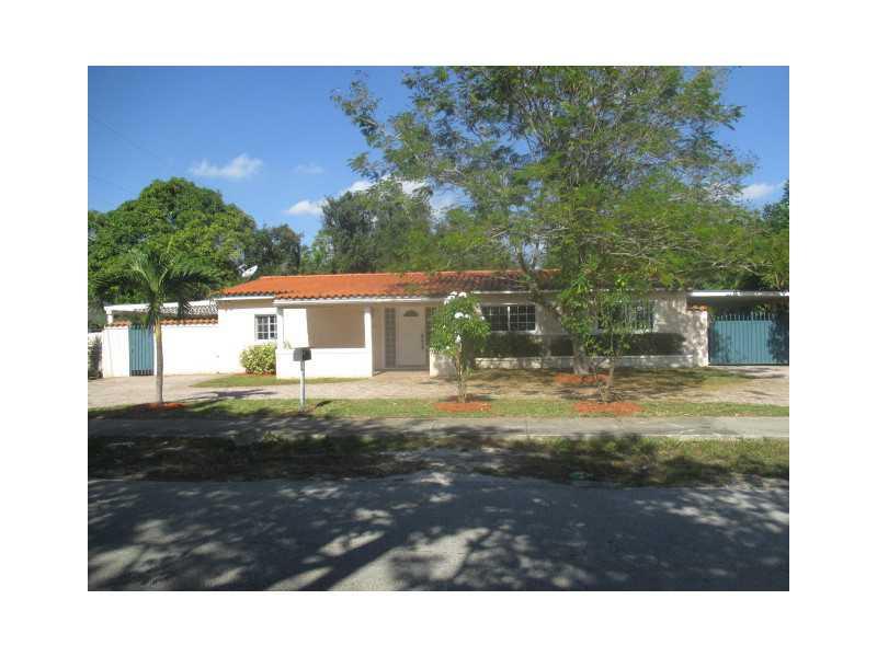 2401 Ne 187th St, Miami, FL 33180