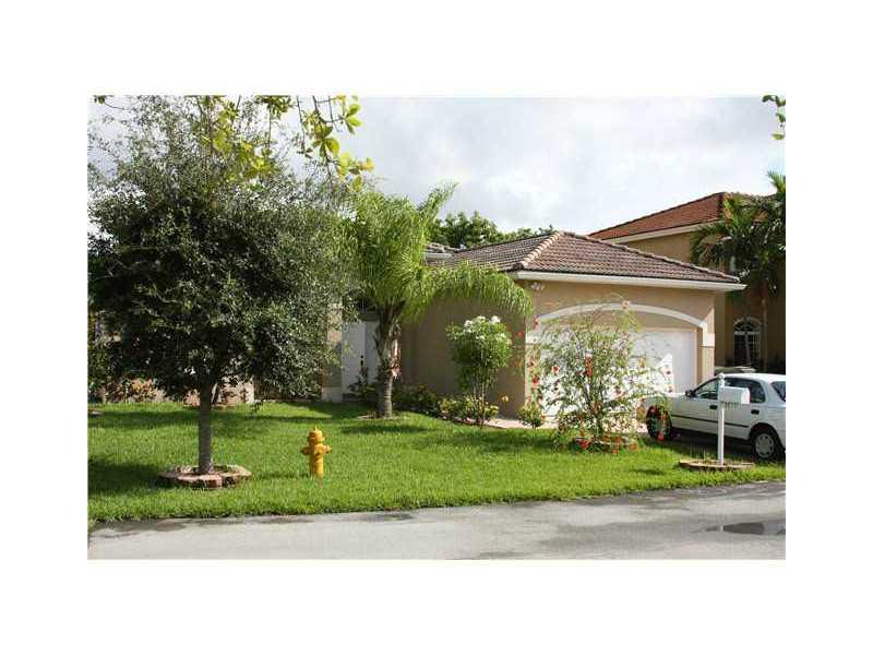 3015 Se 4th Pl, Homestead, FL 33033