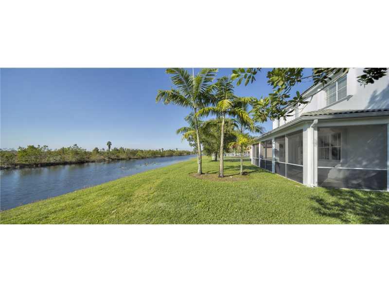 1828 Aspen Ln, Fort Lauderdale, FL 33327