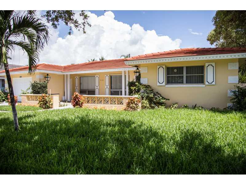 2261 Ne 62nd St, Fort Lauderdale, FL 33308
