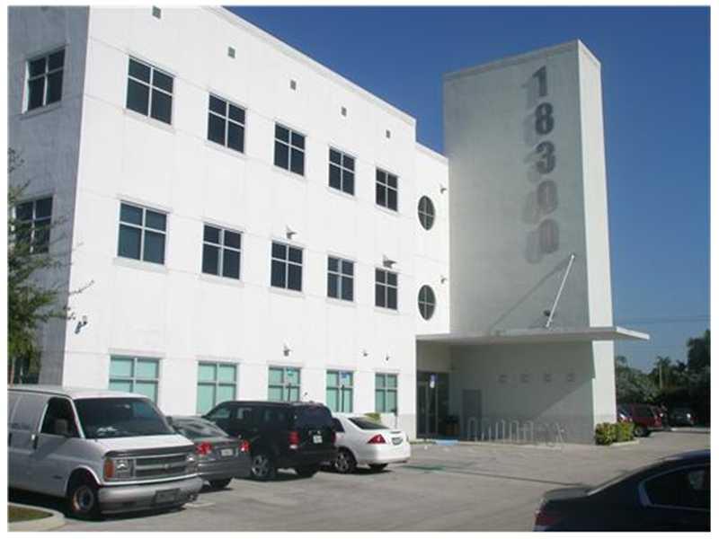 Real Estate for Sale, ListingId: 30703831, Hialeah,FL33015