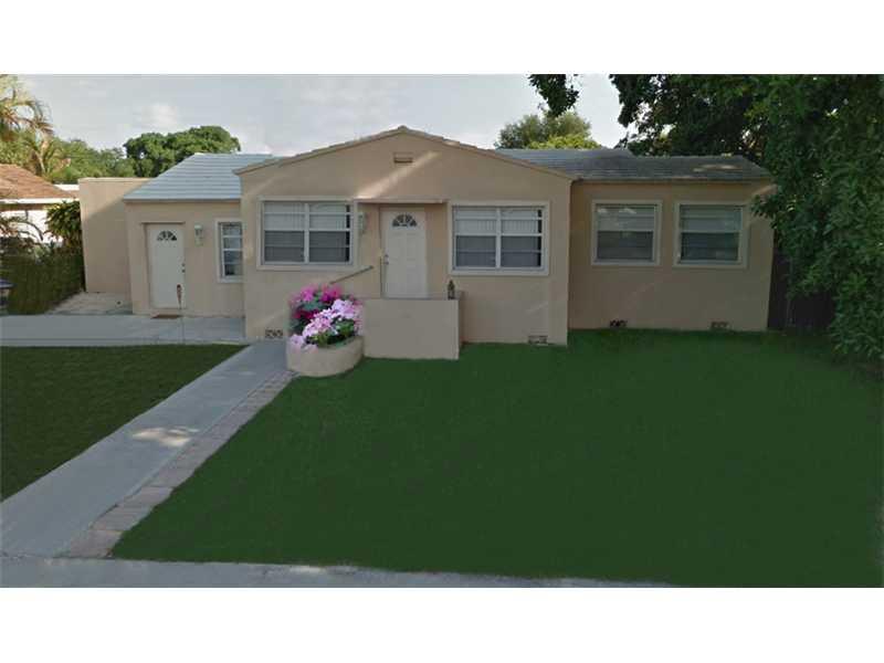 1715 Hayes St, Hollywood, FL 33020