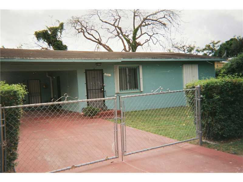 8225 Nw 12th Pl, Miami, FL 33147