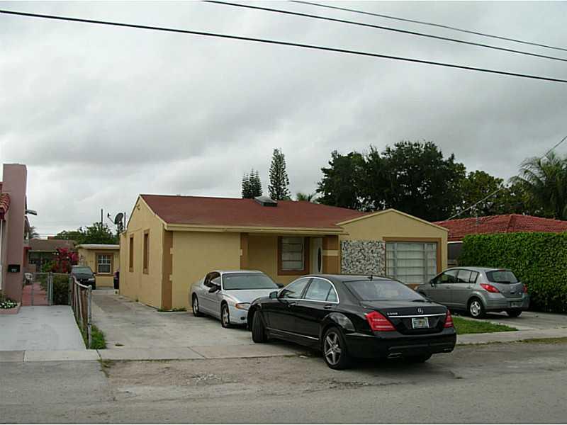 200 NW 33rd Ave, Miami, FL 33125