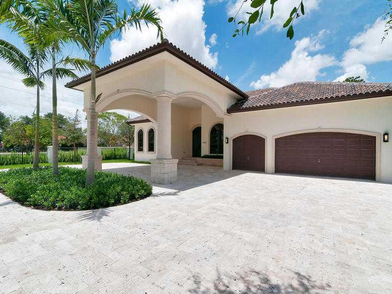 11691 SW 93rd St, Miami, FL 33176