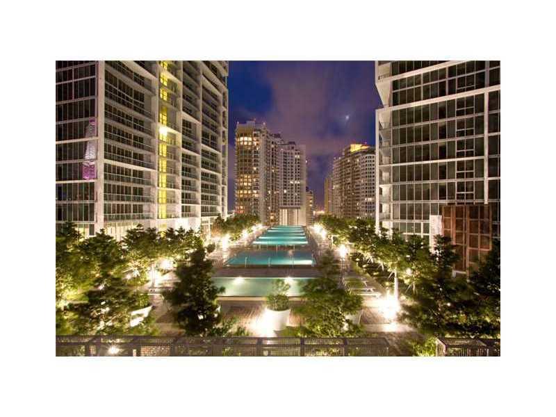 475 Brickell Ave # 2210, Miami, FL 33131
