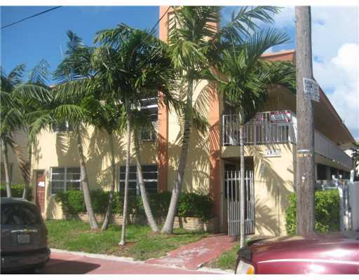 6930 Byron Ave # 207, Miami Beach, FL 33141