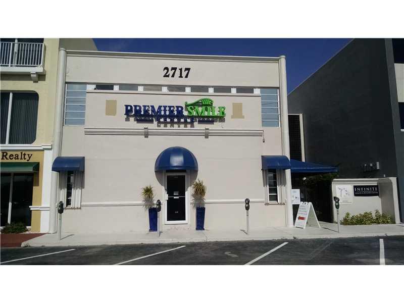 2717 E Oakland Park Blvd, Fort Lauderdale, FL 33306