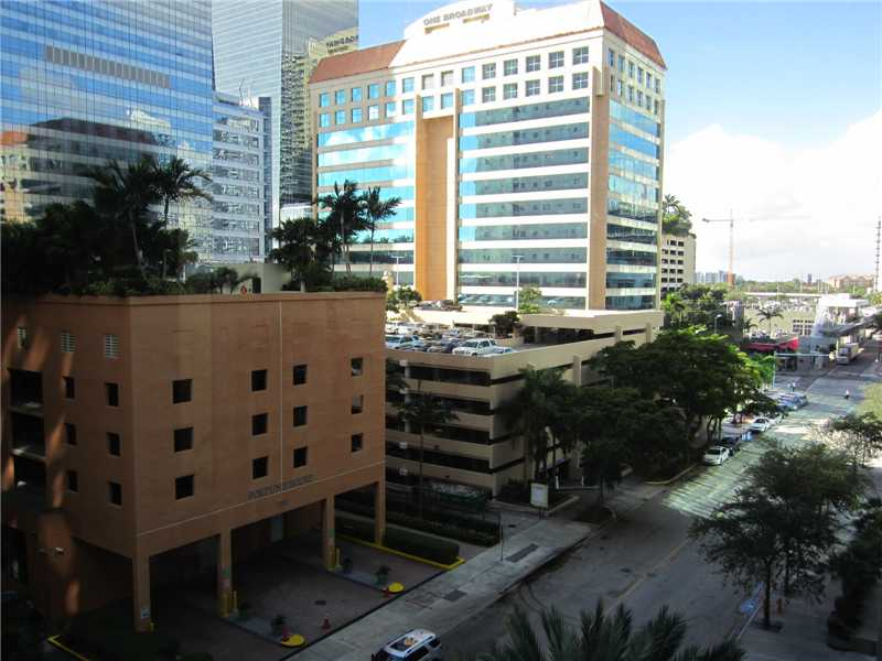 1300 Brickell Bay Dr # 601, Miami, FL 33131