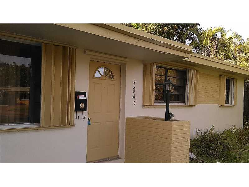9845 Sterling Dr, Cutler Bay, FL 33157